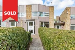 New Ash Green - OIEO £370,000