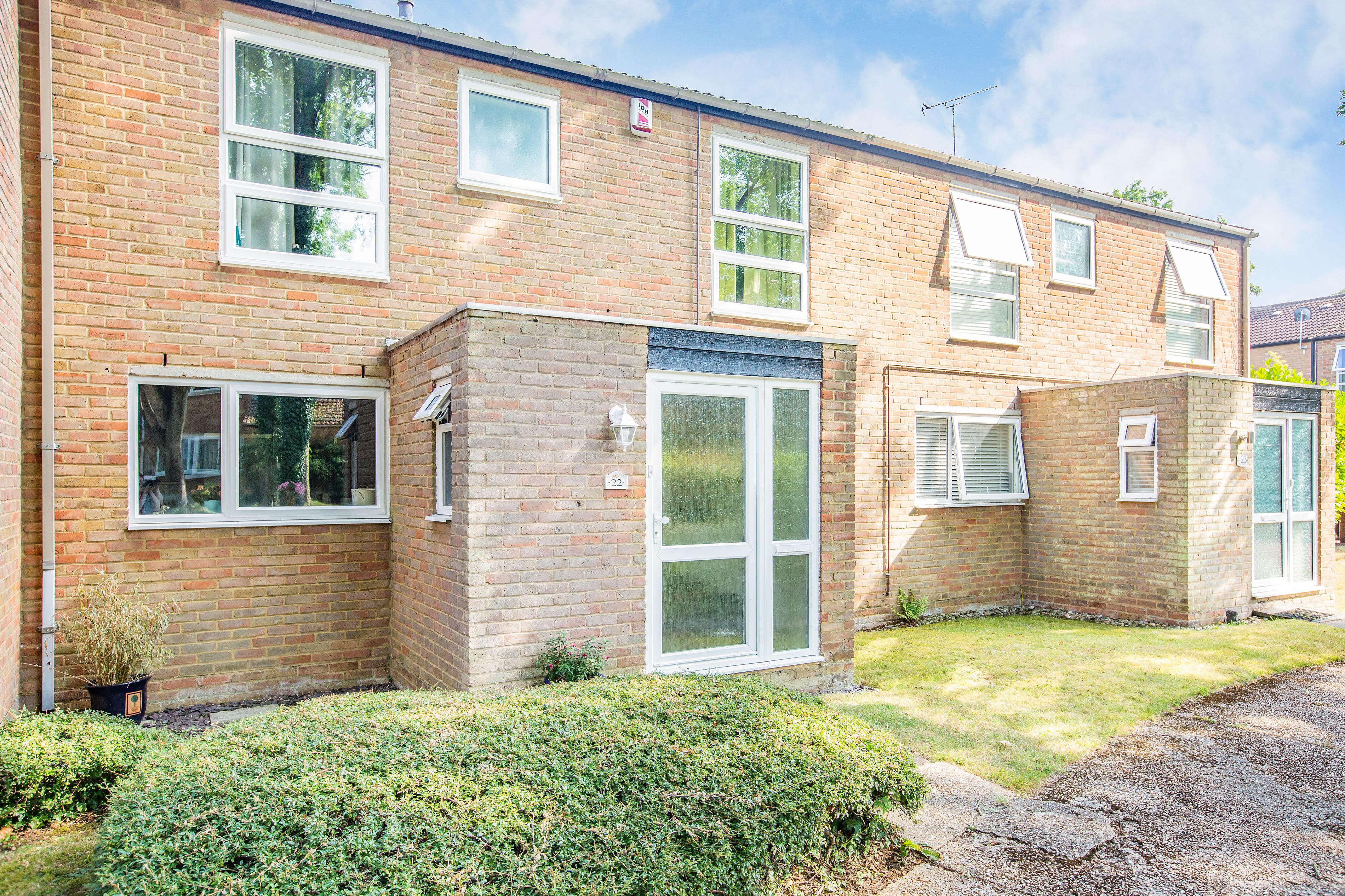 New Ash Green - £410,000