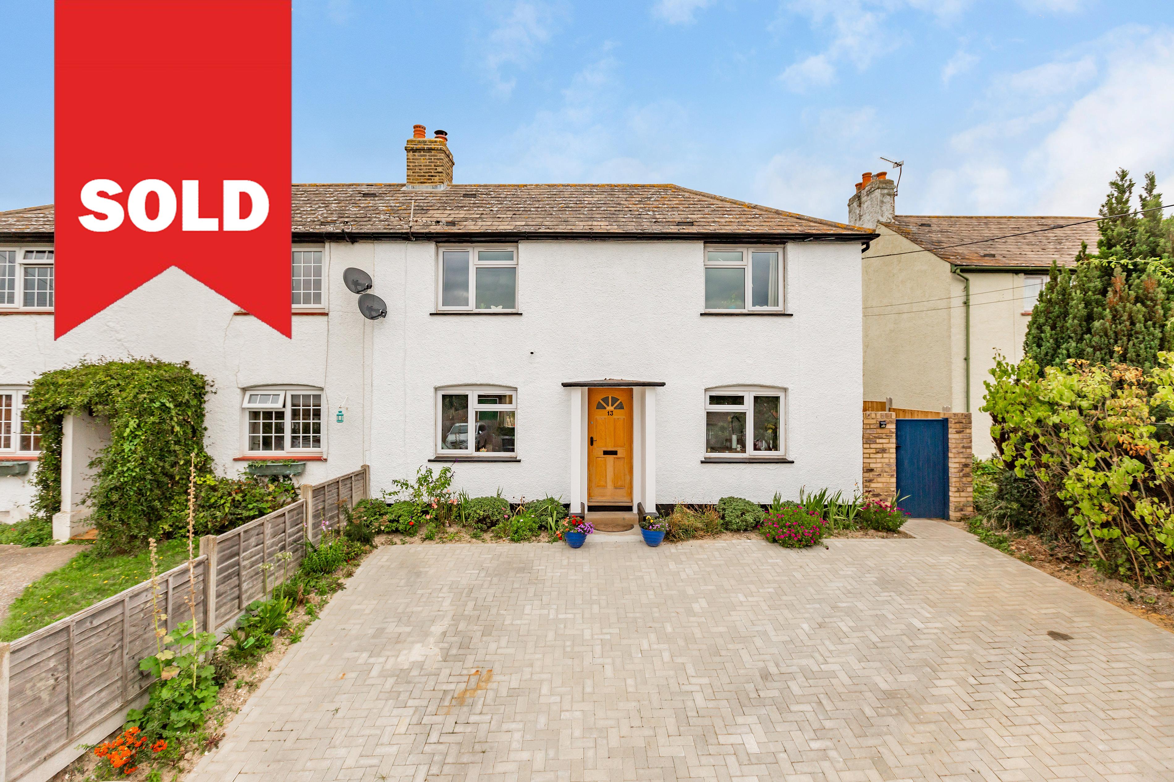 Longfield - £399,950