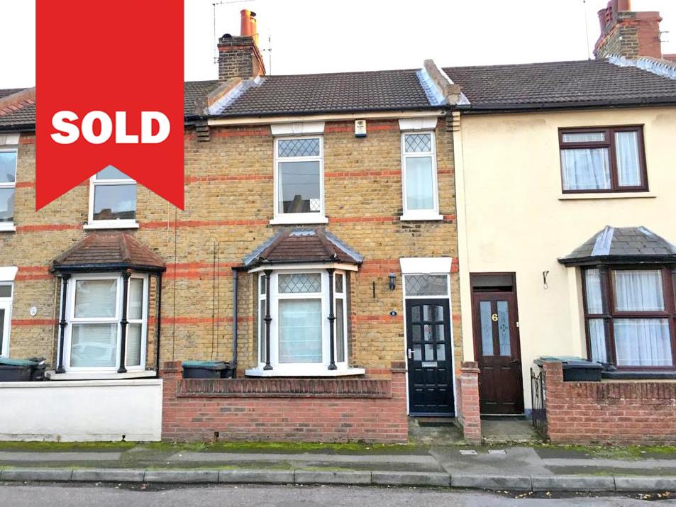 Gravesend - £275,000