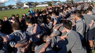 ボーイズ・ハイスクールのスクラム挑戦、非公式ながら世界記録樹立