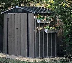 Shed with flower boxes.jpg