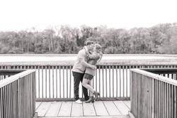 Smithville park fall photos kissing