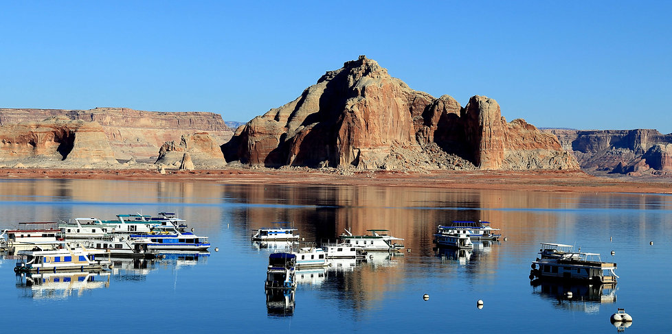 Lake Powell with Boats Patterson Winch.j
