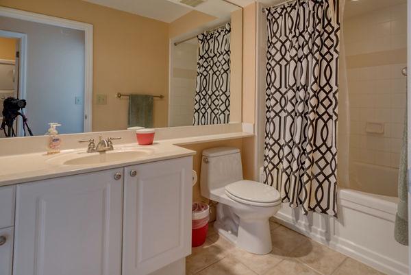 bathroom 2-2.jpeg