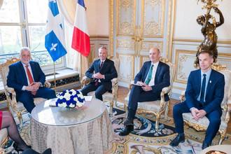 Philippe Couillard en visite officielle à Paris