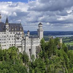 Kristin-Allgaeu-Castle-Neuschwanstein-Ca