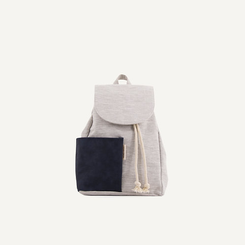 Haruo drawstring backpack • midnight blue