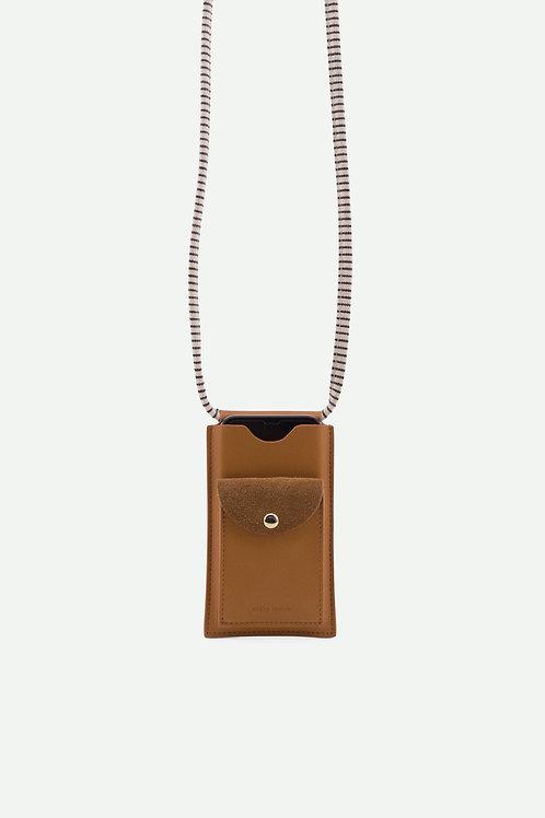 phone pouch | ton sur ton | cider brown