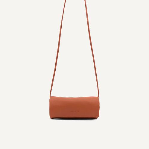 Jūgoya full moon bag • pebbled pu • burnt orange