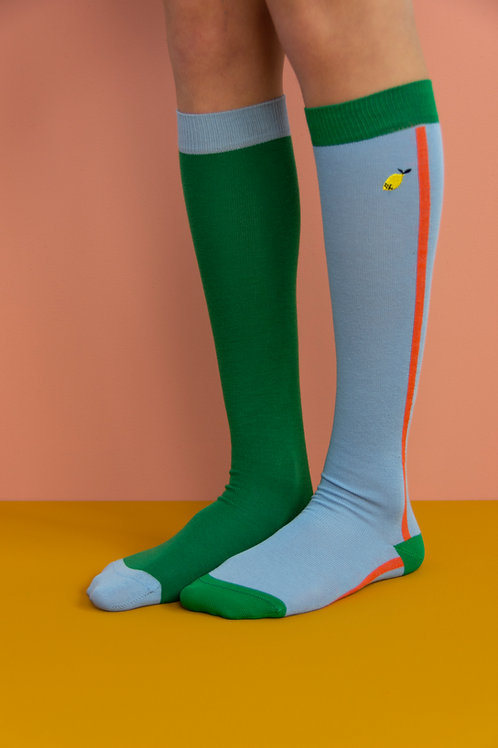 knee high socks | colourblocking | henckles blue + movie green