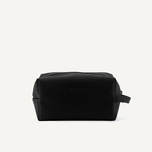 Toiletry bag • pebbled pu • black