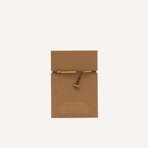 Friendship bracelet • olive