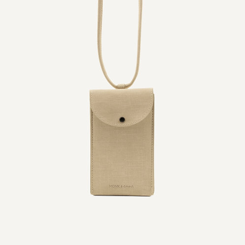 Phone pouch • sea shell
