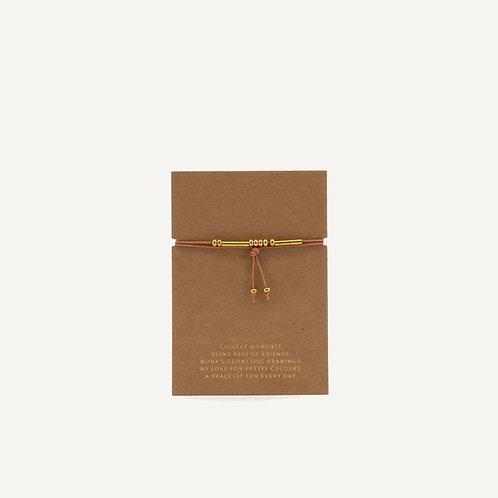 Friendship bracelet • cashew