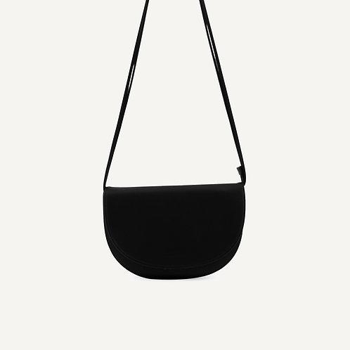 Soma half moon bag • pebbled pu • black