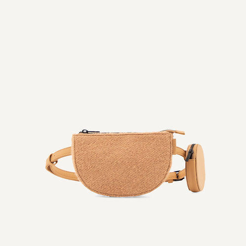 Toho belt bag • wool • cashew