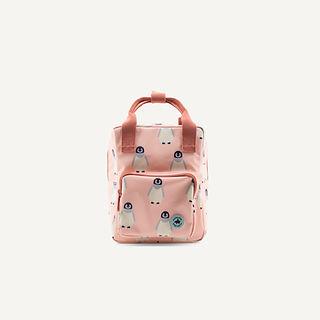 1702026 - Studio Ditte - backpack - pinquin - front.jpg