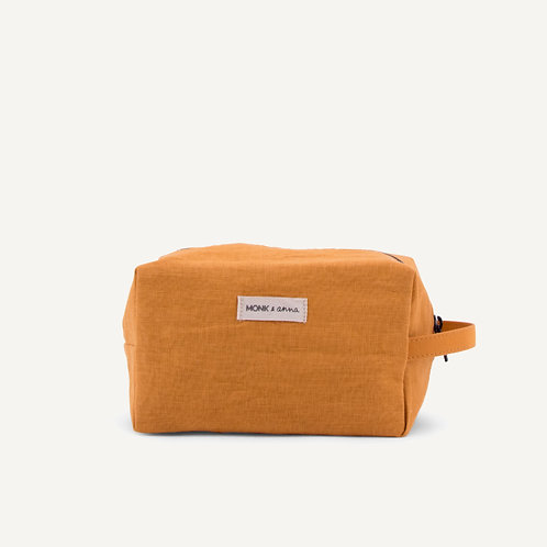 Toiletry bag • honey