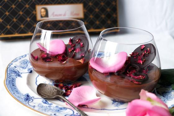 ROSE CARDAMOM CHOCOLATE MOUSSE (VEGAN & GLUTEN FREE)