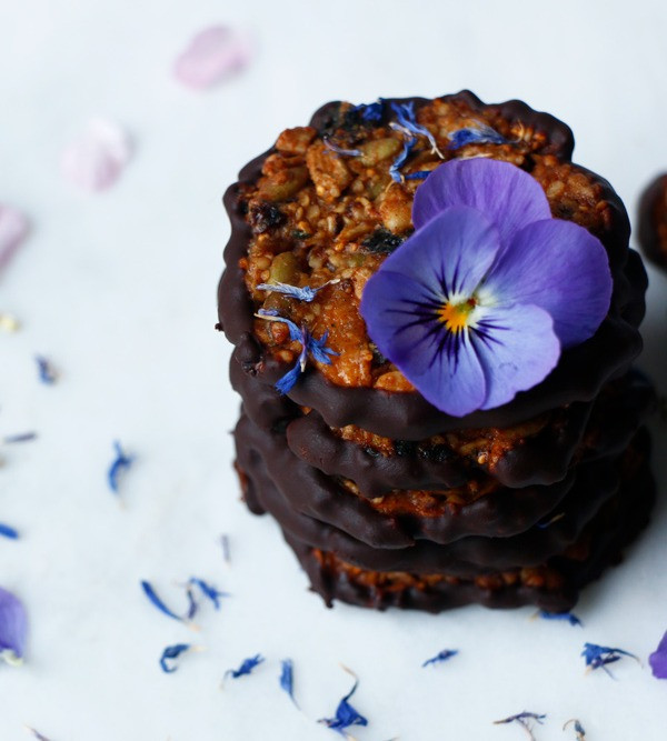 Nut-free, grain-free vegan Florentines made with Amore di Mona vegan chocolate
