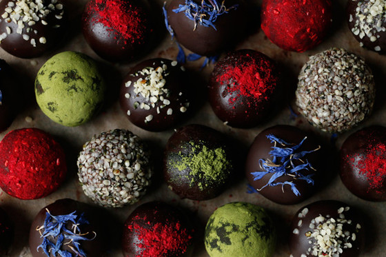 VEGAN CHOCOLATE CONFECTIONS (GRAIN-FREE & NUT-FREE)
