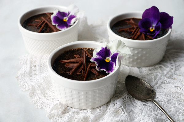 Vegan Chocolate Crème Brûlée made with Amore di Mona vegan chocolate