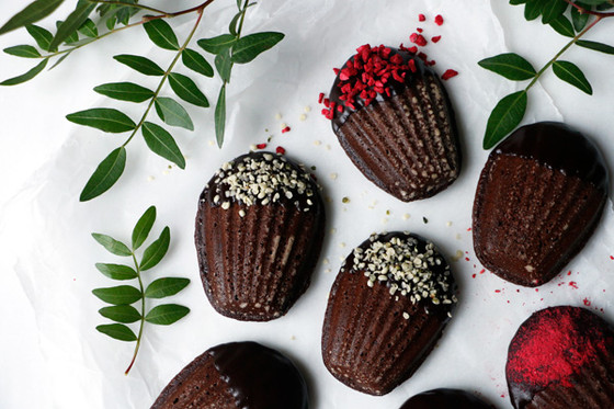 Raspberry Chocolate Madeleines - Vegan And Gluten-free