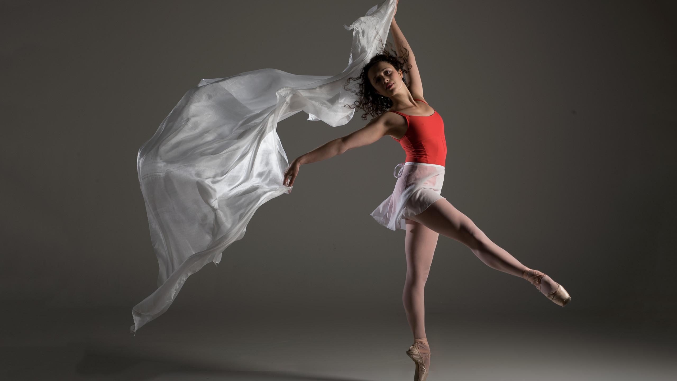 White dance silk