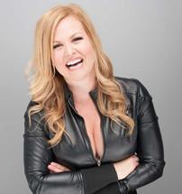 Singer Kelly Carey