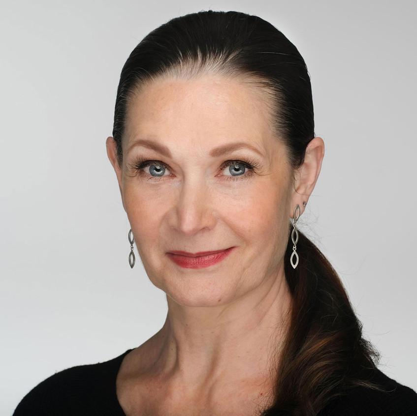 Headshot Client Irina Vassileni