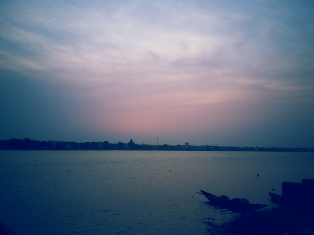 Offbeat things to do in Kolkata | Boat Ride in Babughat