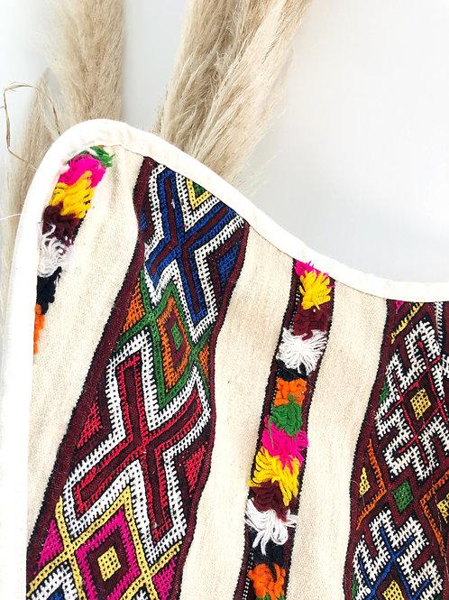 Chaise papillon - Pompon decoration