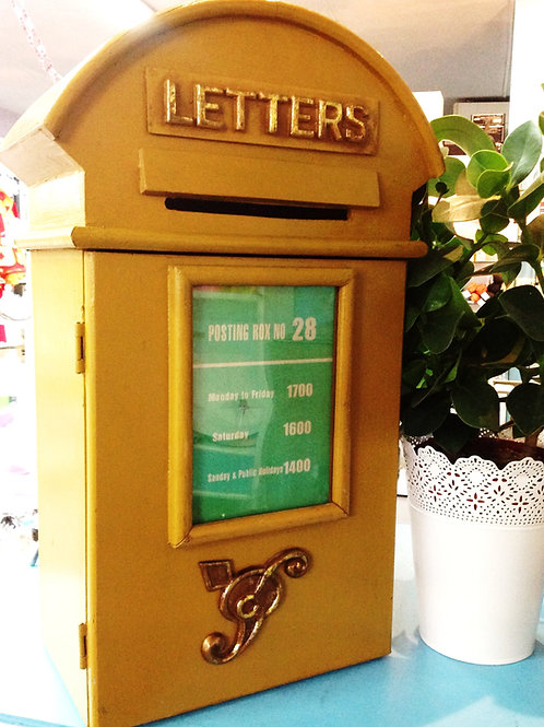 Location urne boite aux lettre vintage
