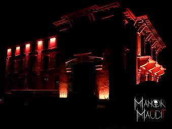 Manoir Maudit lumiere.jpg