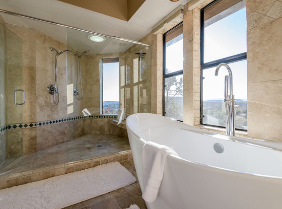 king master shower.jpeg
