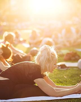 outdoor_park_yoga_NJ.jpg