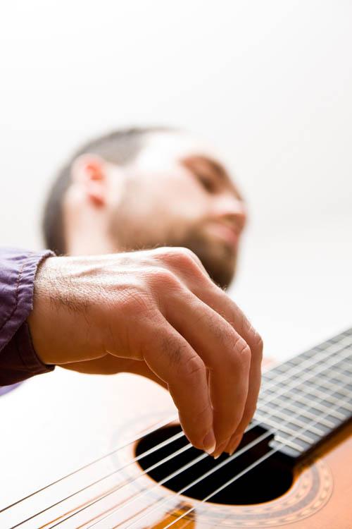 Kitarist Mladen Bucić