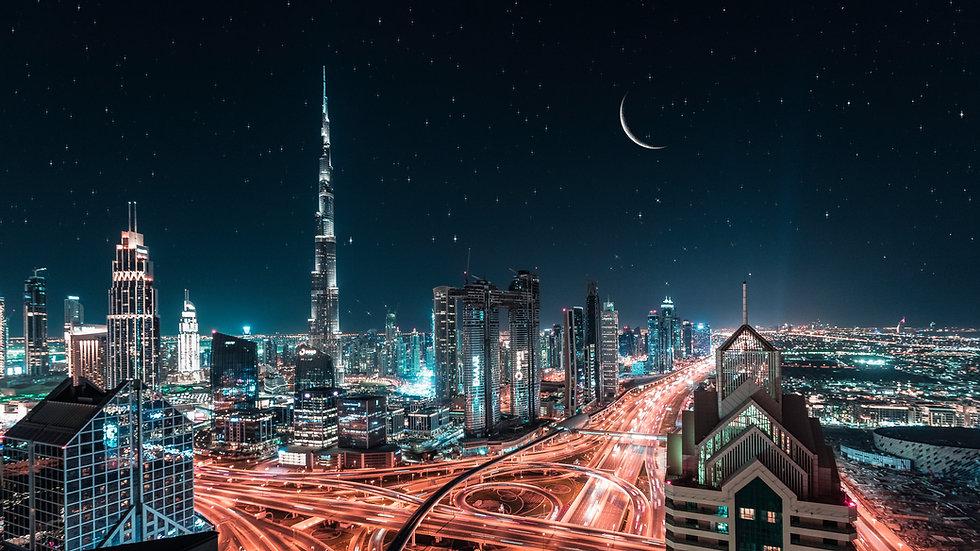 Dubai Skyline Landscape.jpg
