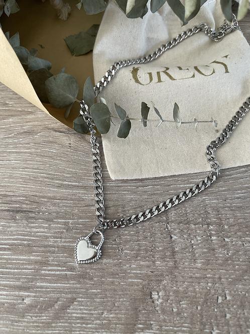Collier cadenas en forme de coeur dispo en couleur argent ou or.
