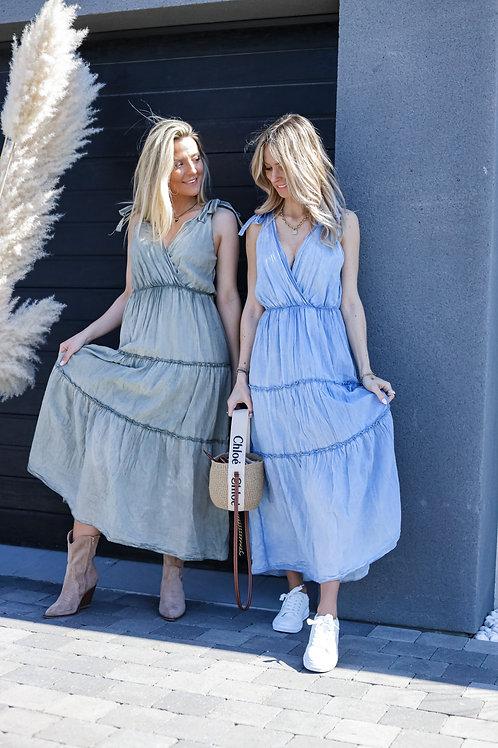 Longue robe très agréable à porter. 100% coton  Fabriqué en Italie
