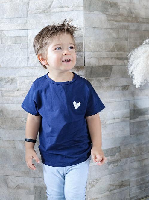 T-shirt coeur pour être matchy avec sa maman.  100% coton