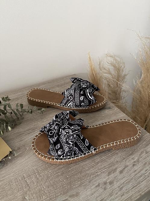 Sandales bandana , légères agréables à porter.