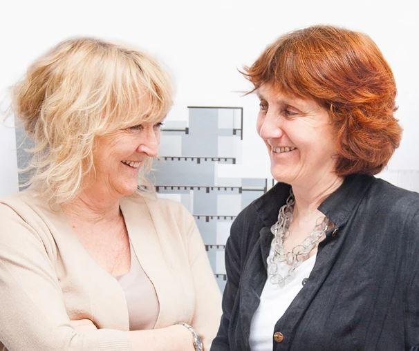 Shelley Mcnamara e Yvonne Farrell