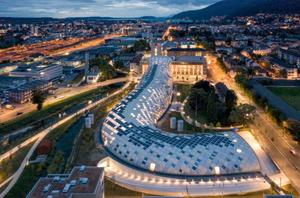 Edificio sede de Swatch en Suiza