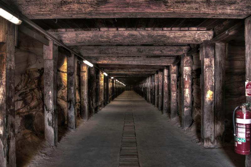 Maden Girişi Tünel 3 Boyutlu Duvar Kağıdı | Maden Girişi Duvar Kağıdı