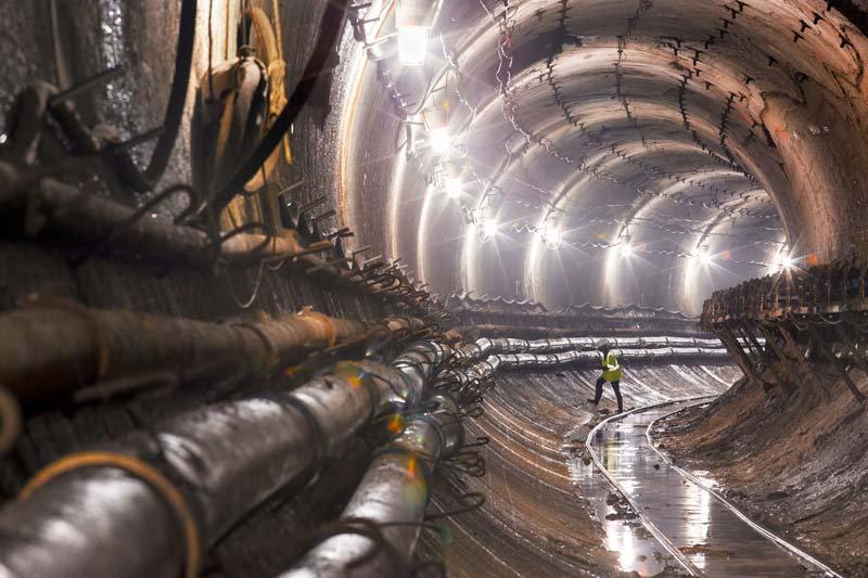 Metro Hattı Tünel Duvar Kağıtlarları| Tünel Manzara Duvar Kağıdı
