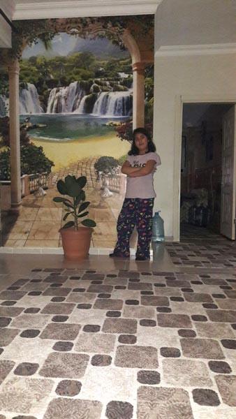 Yalçın Menteş Kardeşim ev girişi hole duvar kağıdı görüntüsü
