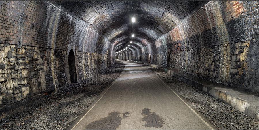 3D Derin Tünel Duvar Kağıdı | Taşlı ve Ledli Tünel Duvar Kağıtları