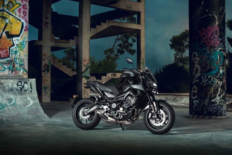 Yahama Motor Duvar Kağıdı | 3 Boyutlu Yamaha Motor Duvar Kağıdı